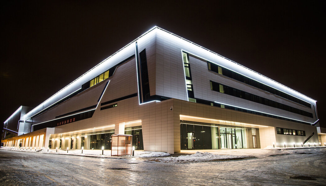 CW 50-SC Curtain Walls and CS 77 Doors - Ice Station Ice Arena SKA located in Russia