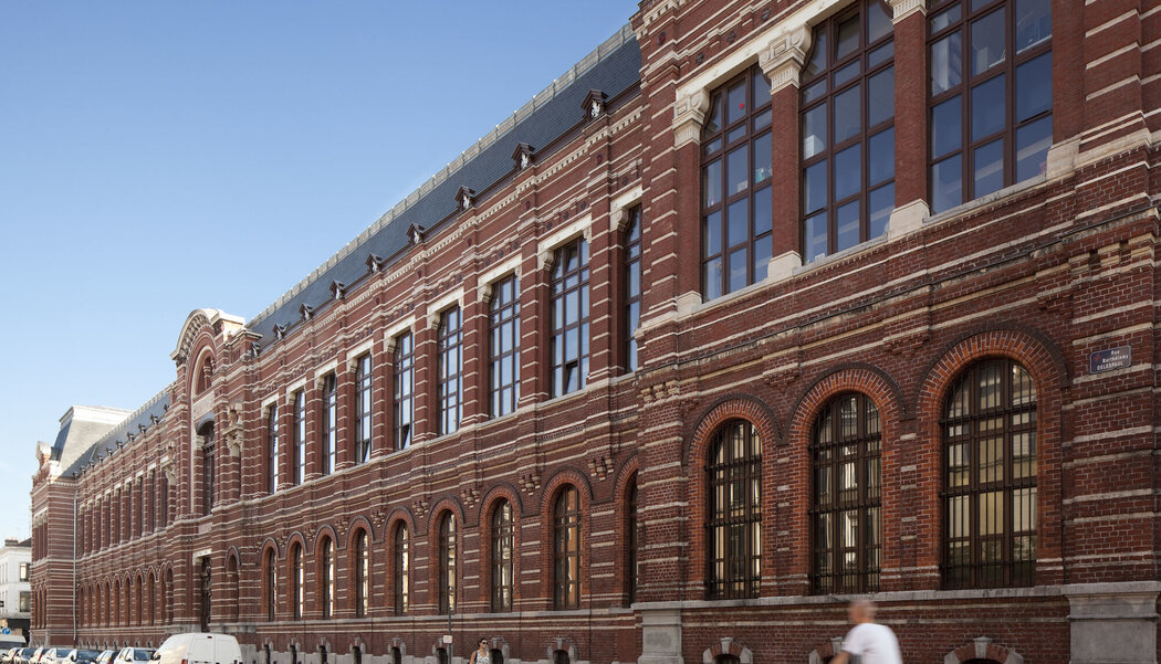 CW 50 Curtain Walls - Governmental Administrative Court of Lille located in Lille, France
