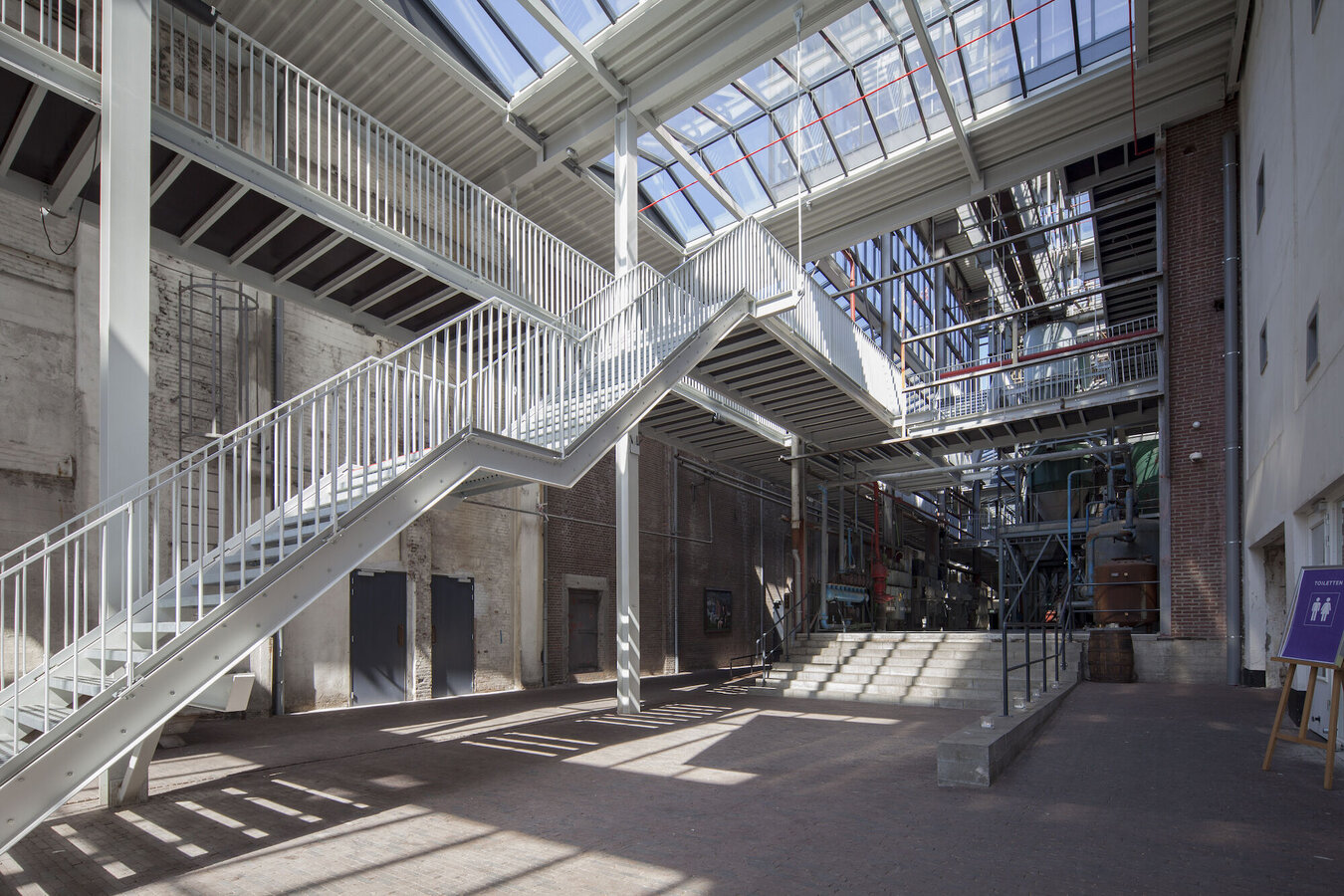 CR 120 Conservatories - Office building CHV Noordkade located in Vaux-sur-Sûre, the Netherlands