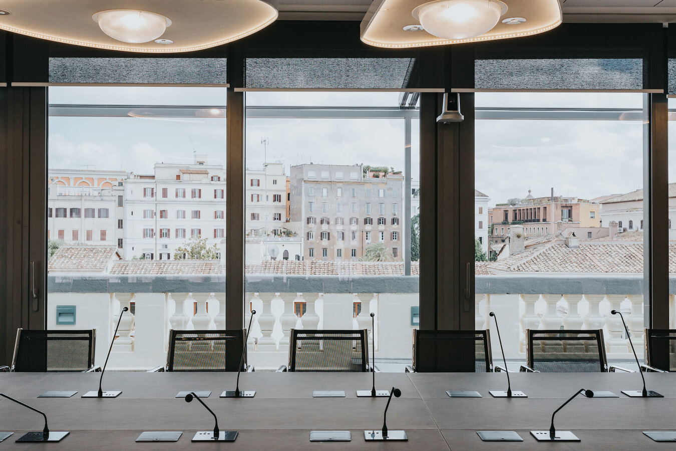 CP 155 (-LS) Sliding Systems, SlimLine 38 Windows and CS 77 Windows - Office building Office building Roma located in Italy